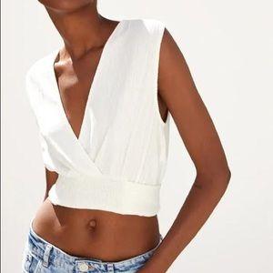 Zara Sleeveless Tie Crop Top